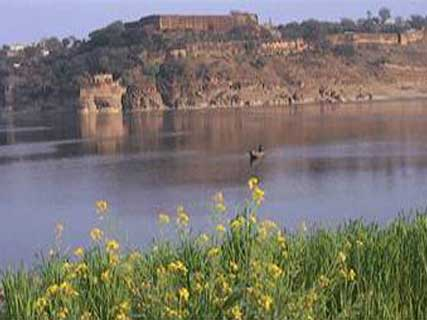 Varanasi Ramnagar Chunar fort Tour Package